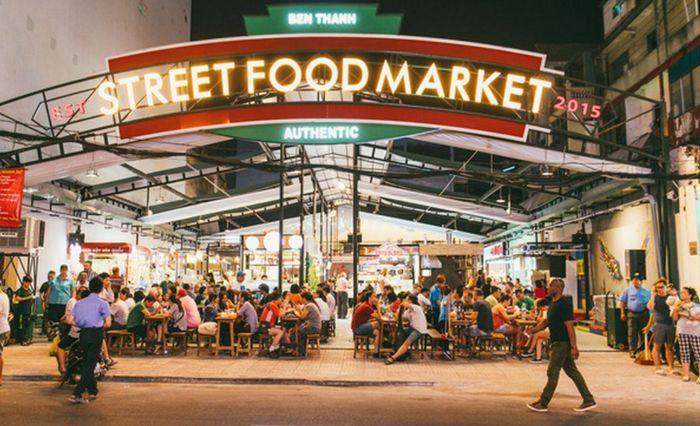 Chiêm bao thấy đến khu ẩm thực của chợ Bến Thành đánh các con số lô đề 20 - 05